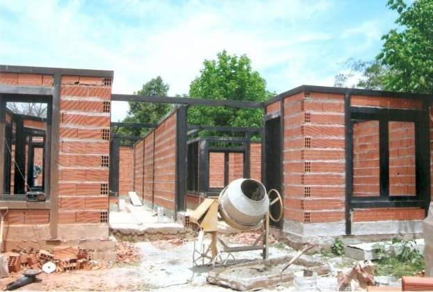 Construcci n tradicional vs construcci n en seco o for Construccion de casas paso a paso
