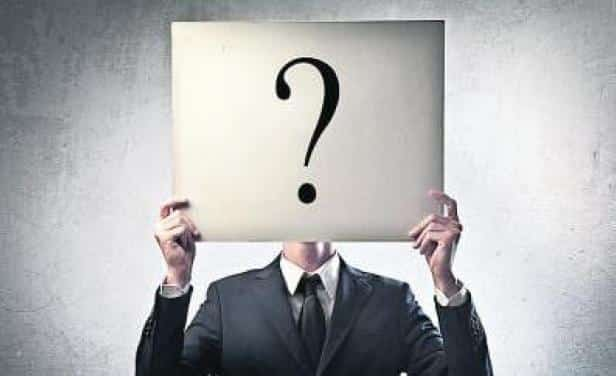 empresarios con incertidumbre hacia losnegocios