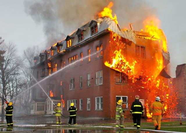 clausulas del contrato de los seguros contra incendios